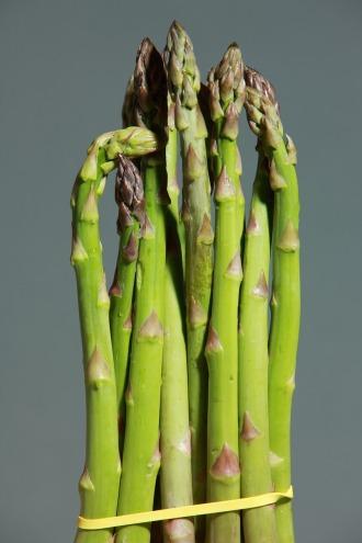 green-asparagus-pixabay